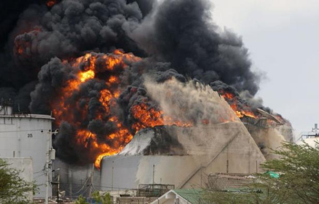 648x415_raffinerie-petrole-amuay-feu-27-aout-2012-punto-fijo