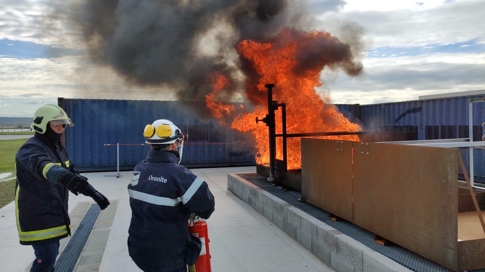 bac à feux d'hydrocarbures