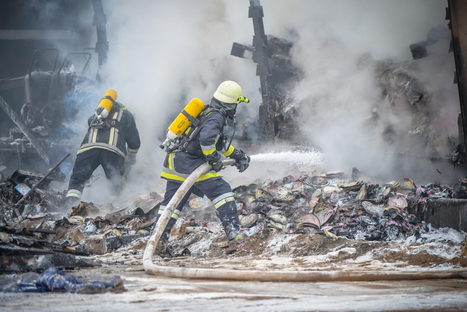 incendie usine industrie